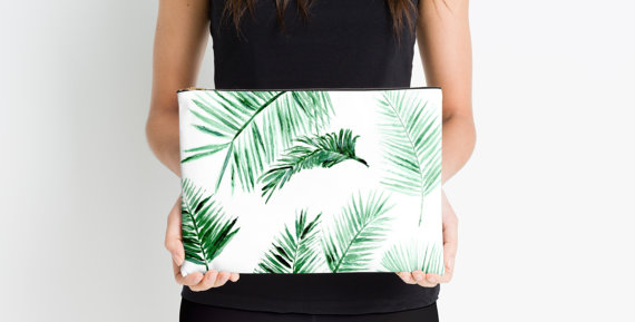 the allure of palm leaf purses